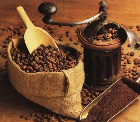 Зерна кофе в мешочке