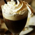 Рецепт кофе с ликером «Шато»