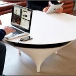 Кофейный столик с музыкальными наклонностями