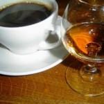 Рецепт приготовления кофе с коньяком и пряностями