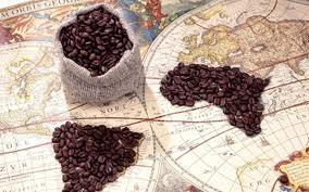 Кофе на бумажной карте мире