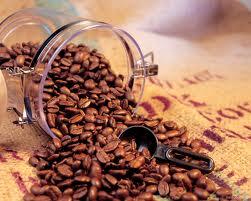 кофе в зернах в банке