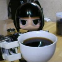 Робот умеет готовить кофе
