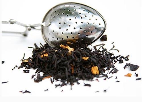 Полезное применение чайной заварки